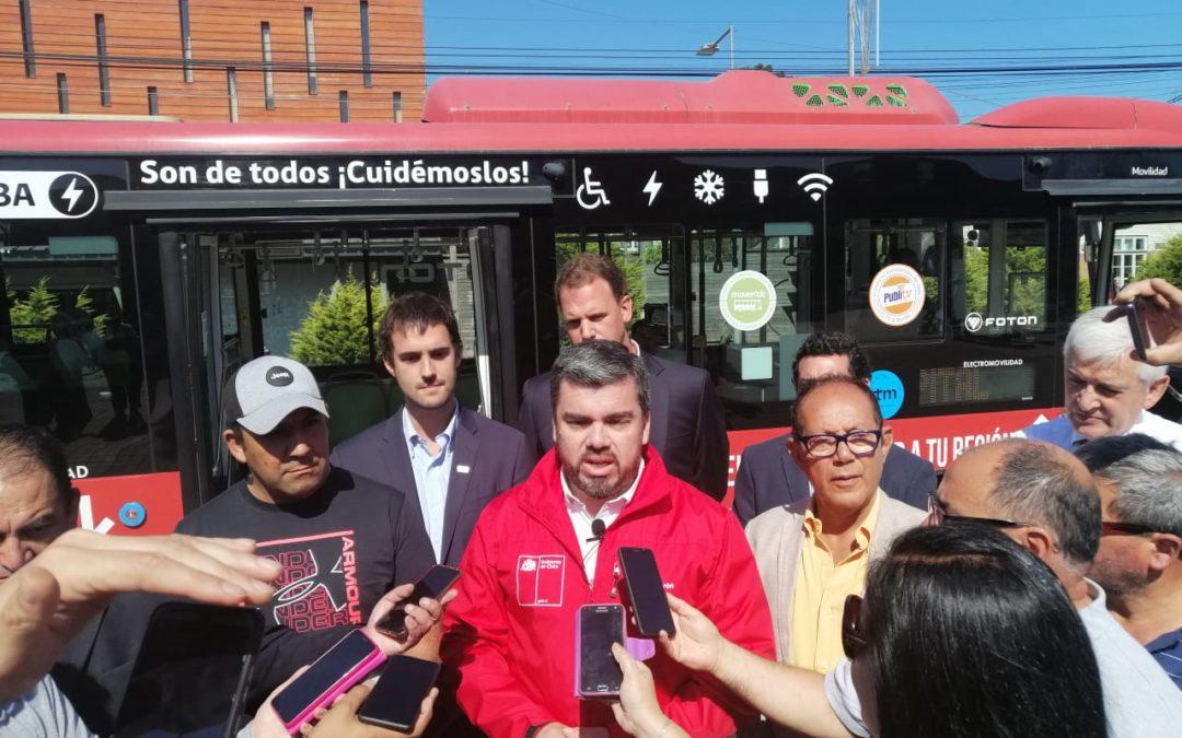 Comienza a operar primer bus eléctrico de regiones en Villarrica